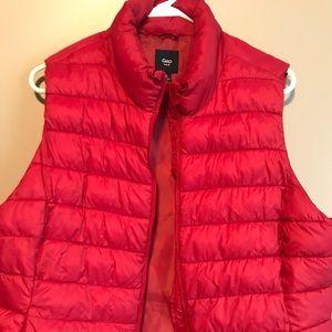 Women's Gap XL red puffy vest
